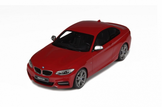 GT Spirit 1/18 BMW M325i Red