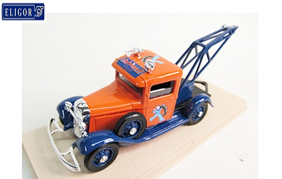 Ebbro 1/43 1934 Ford V8 Tow Truck