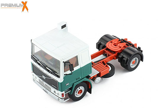 IXO 1/43 1983 Volvo F10 White/Green