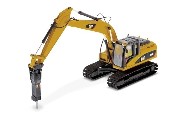 Die Cast Masters 1/50 CAT 320D L Hydraulic Excavator with hammer