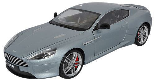 Welly 1/18 AUSTIN MARTIN DB9 Coupe 2010 slvr