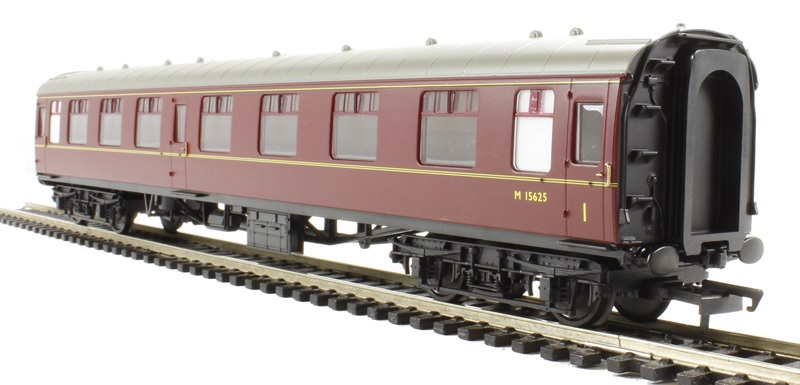 Hornby BR MK1 Composite Maroon Coaches