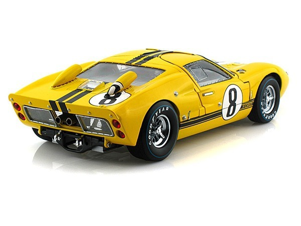 Shelby 1/18 Ford GT40 MKII no8 Yellow-Black