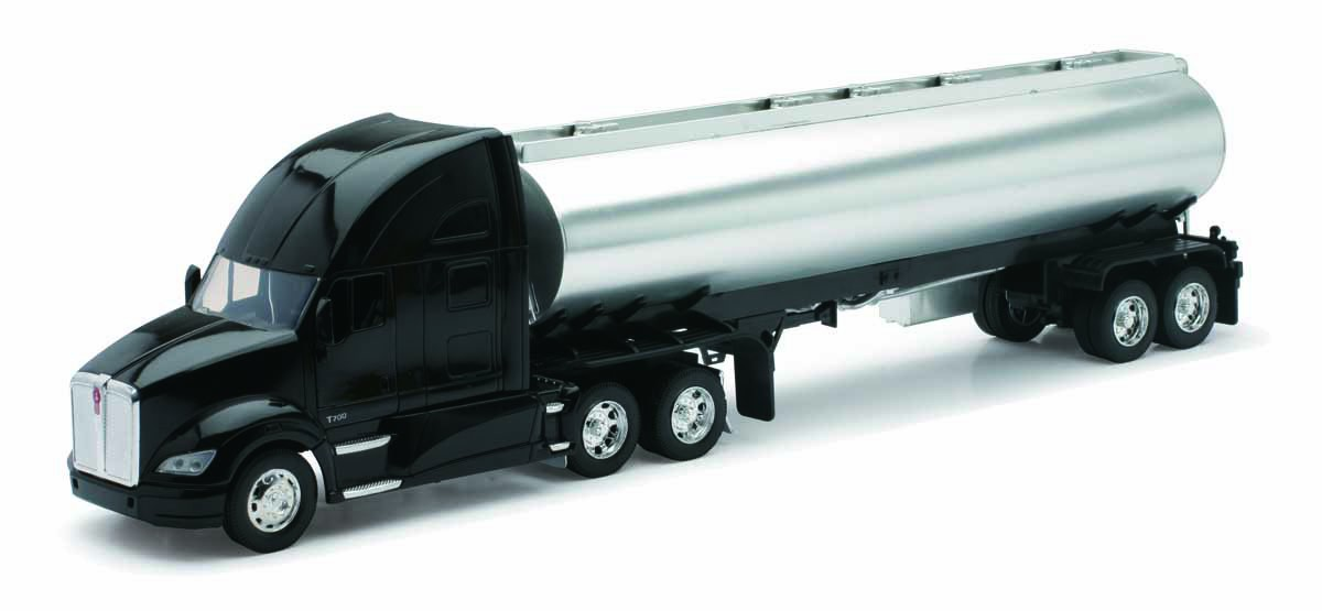 New-Ray 1/32 Kenworth T700 with Tank Trailer